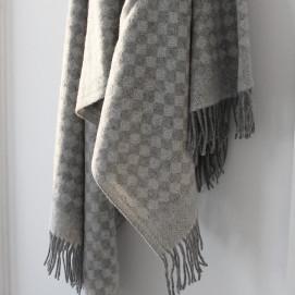 Saga Pure New Merino Wool Throw 140 x 200c